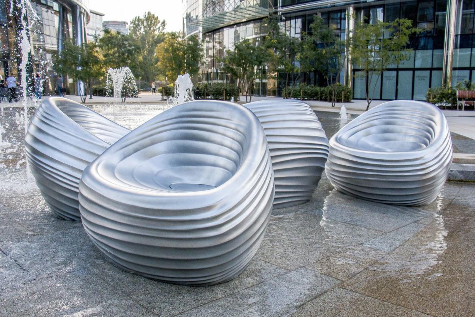 Fotele Riverside zaprojektowane dla włoskiej marki Tonon przez Przemysława Mac Stopę. Fot. Tonon