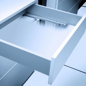 Prowadnice w dużym stopniu odpowiadają za funkcjonalność i komfortowe użytkowanie szuflad. Fot. GTV