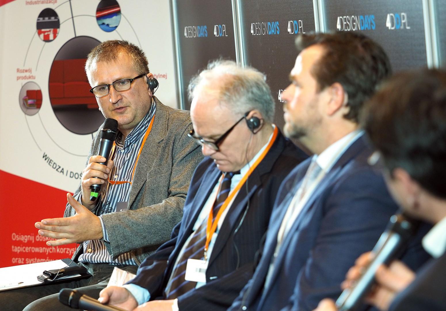 Panel dyskusyjny - Forum Branży Meblowej. Fot. PTWP