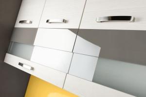 Akrylowe czy lakierowane - trendy we frontach kuchennych