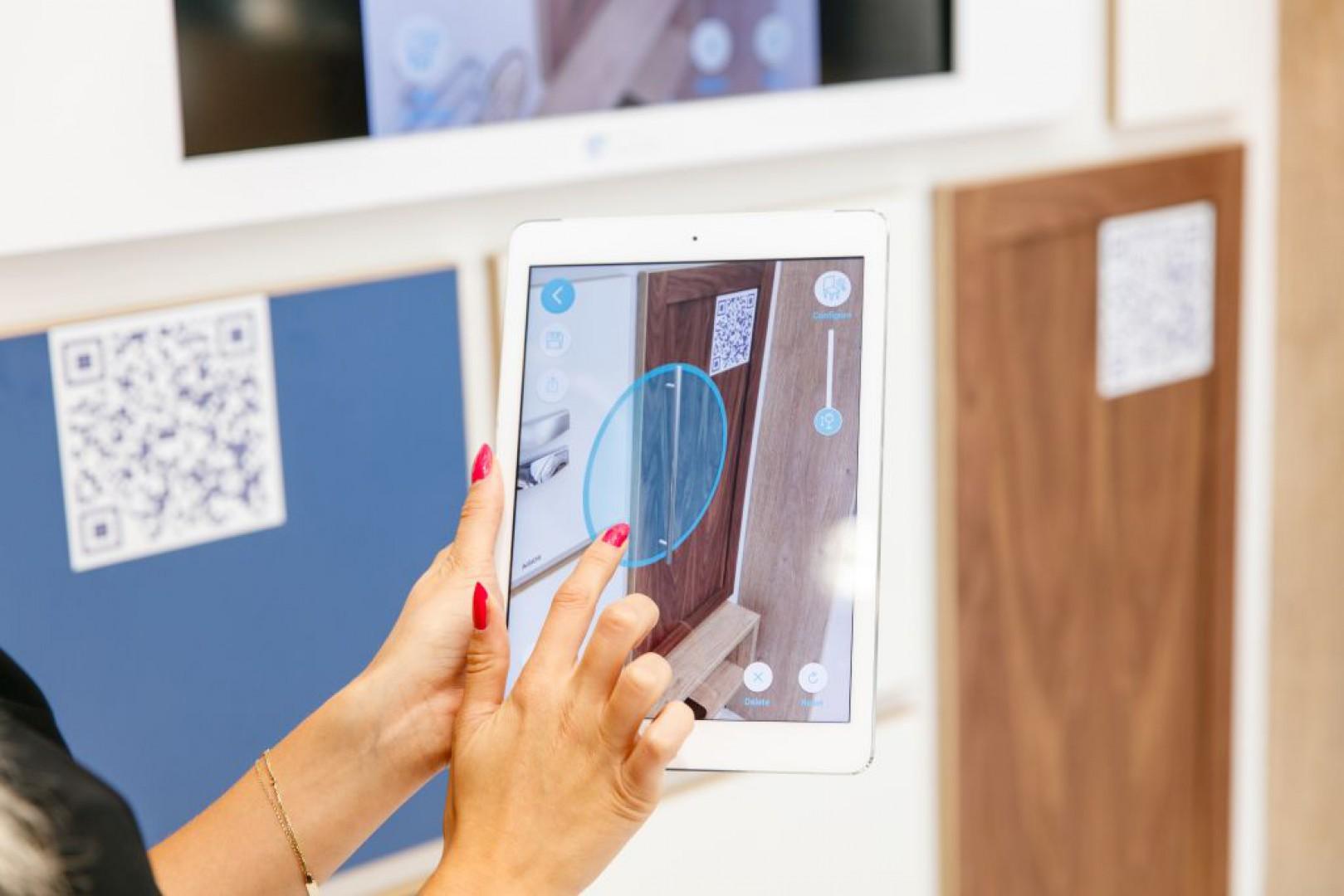 Dzięki aplikacji Intiaro można sprawdzić dopasowanie uchwytów meblowych firmy GTV bez konieczności wychodzenia z domu. Fot. GTV