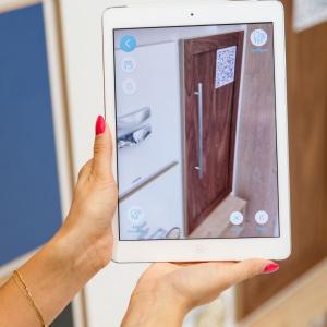 Aplikacja Intiaro wykorzystuje technologię rozszerzonej rzeczywistości. Fot. GTV