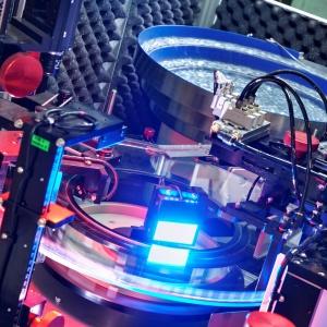 Optyczne maszyny sortujące renomowanych producentów pozwalają na zbadanie każdego elementu złącznego. Fot. Marcopol