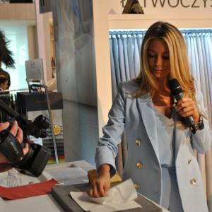 Małgorzata Rozenek na stoisku firmy Fargotex. Fot. Mariusz Golak