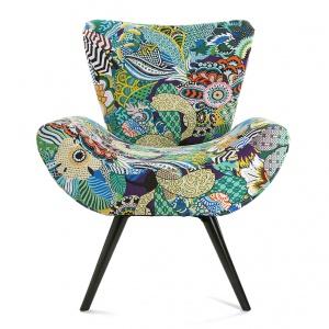 Fotel Tropical ożywi każde wnętrze. Fot. Westwing.pl