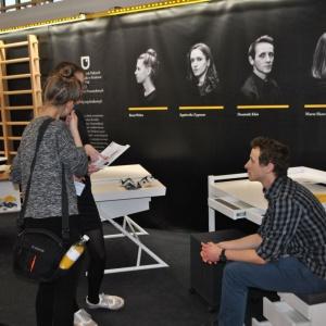 Wystawa prac studenckich prezentowana w strefie