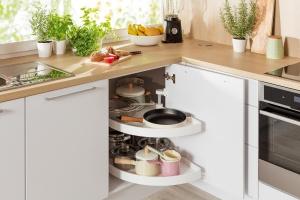 Mała kuchnia. Sposoby na dodatkową przestrzeń