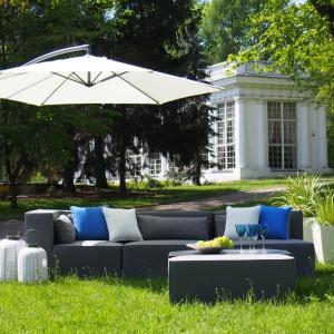 Meble ogrodowe Maxwell prezentują się elegancko i stylowo. Fot. Miloo