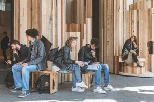Milan Design Week 2017 - interaktywna instalacja z drewna