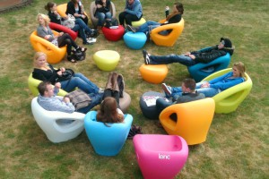Meble do otwartych przestrzeni - zobacz holenderski design!