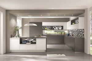 Szarość i biel w kuchni - duet modny i pełen elegancji