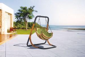 5 inspiracji na wiszący fotel ogrodowy. Zobacz je wszystkie