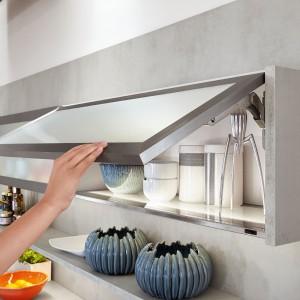 System otwierania górnych szafek musi być przede wszystkim bezpieczny. Fot. Nobilia
