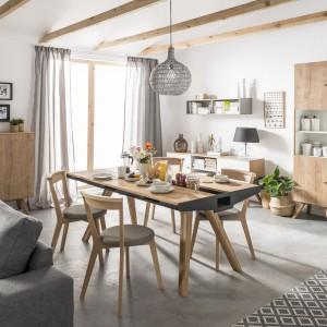 """Powierzchnię stołu można wykorzystać też jako miejsce do przechowywania drobiazgów – jak w kolekcji """"Nature"""" (Vox). Fot. Vox"""