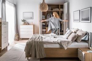 Mała sypialnia. 8 pomysłów na wygodne meble