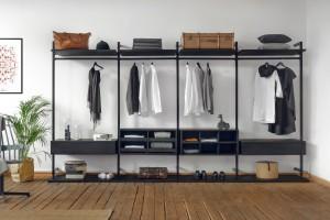 Wygodna garderoba. Pomysł na przechowywanie