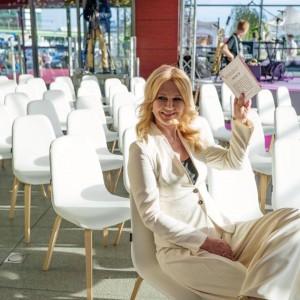 Grażyna Torbicka - znana dziennikarka poprowadziła Event firmy Black Red White