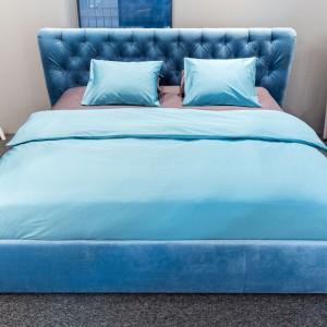Łóżko tapicerowane Glam firmy Gala Collezione. Fot. Gala Collezione