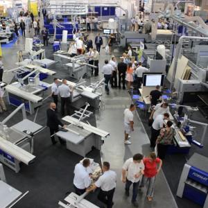 W procesie automatyzacji ważnym ogniwem są maszyny. Na zdjęciu targi Drema 2016
