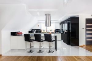 Krzesło do kuchni. Jak wybrać najlepsze