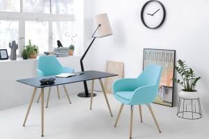 Komfortowe stoliki do spotkań biznesowych