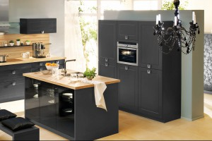 Kuchnia z klimatem – postaw na ciemne meble!