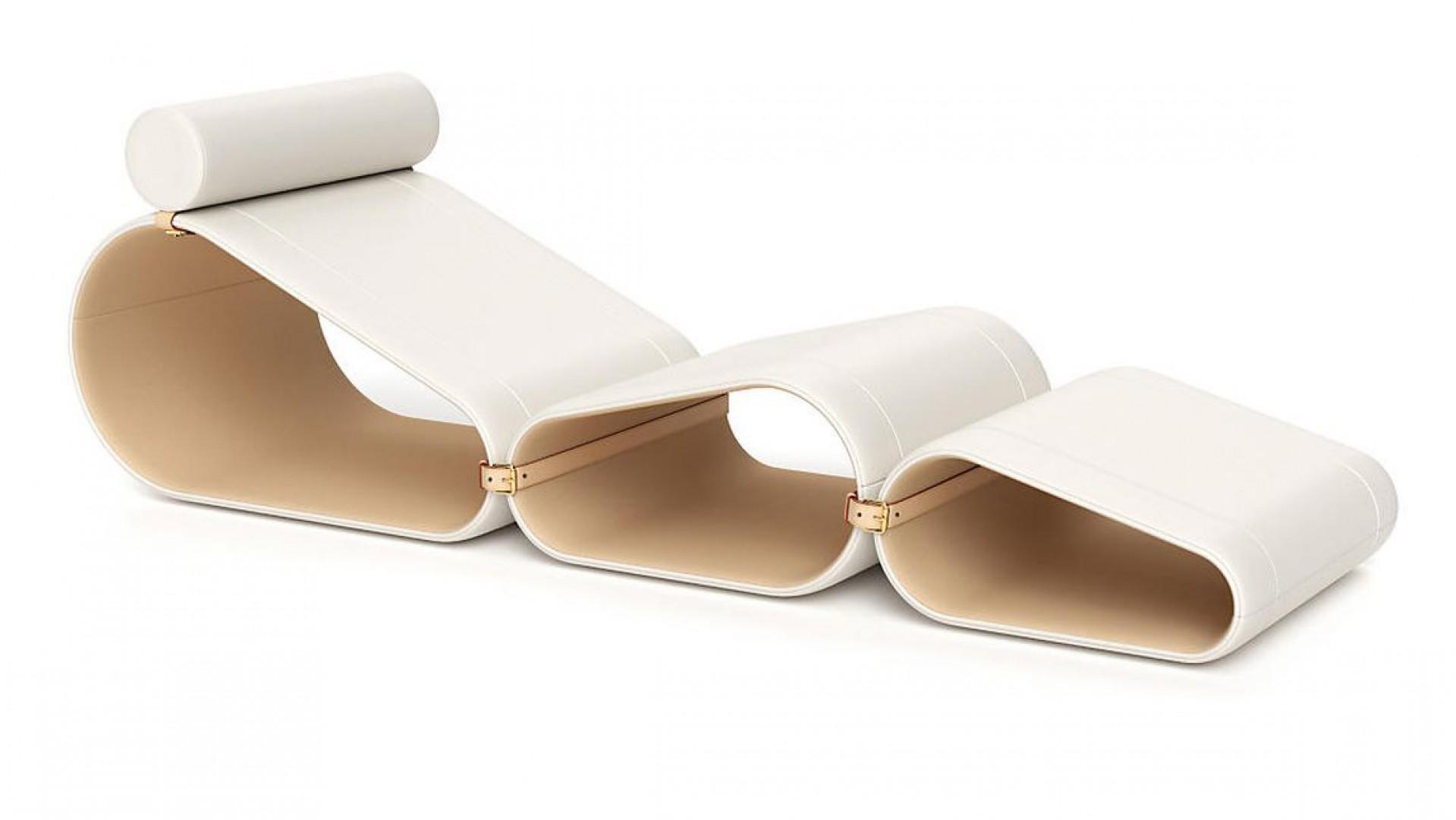 Holenderski projektant Marcel Wanders zaprojektował szezlong dla marki Louis Vuitton. Mebel wszedł w skład linii Louis Vuitton Objets Nomades Collection i został zaprezentowany podczas ostatnich targów w Mediolanie. Fot. Louis Vuitton
