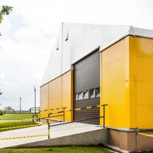 Namiotowe hale magazynowe można w przyszłości przenieść w dowolne miejsce, jeśli firma zmieni swoją lokalizację, lub swobodnie rozbudować. Fot. Protan Elmark