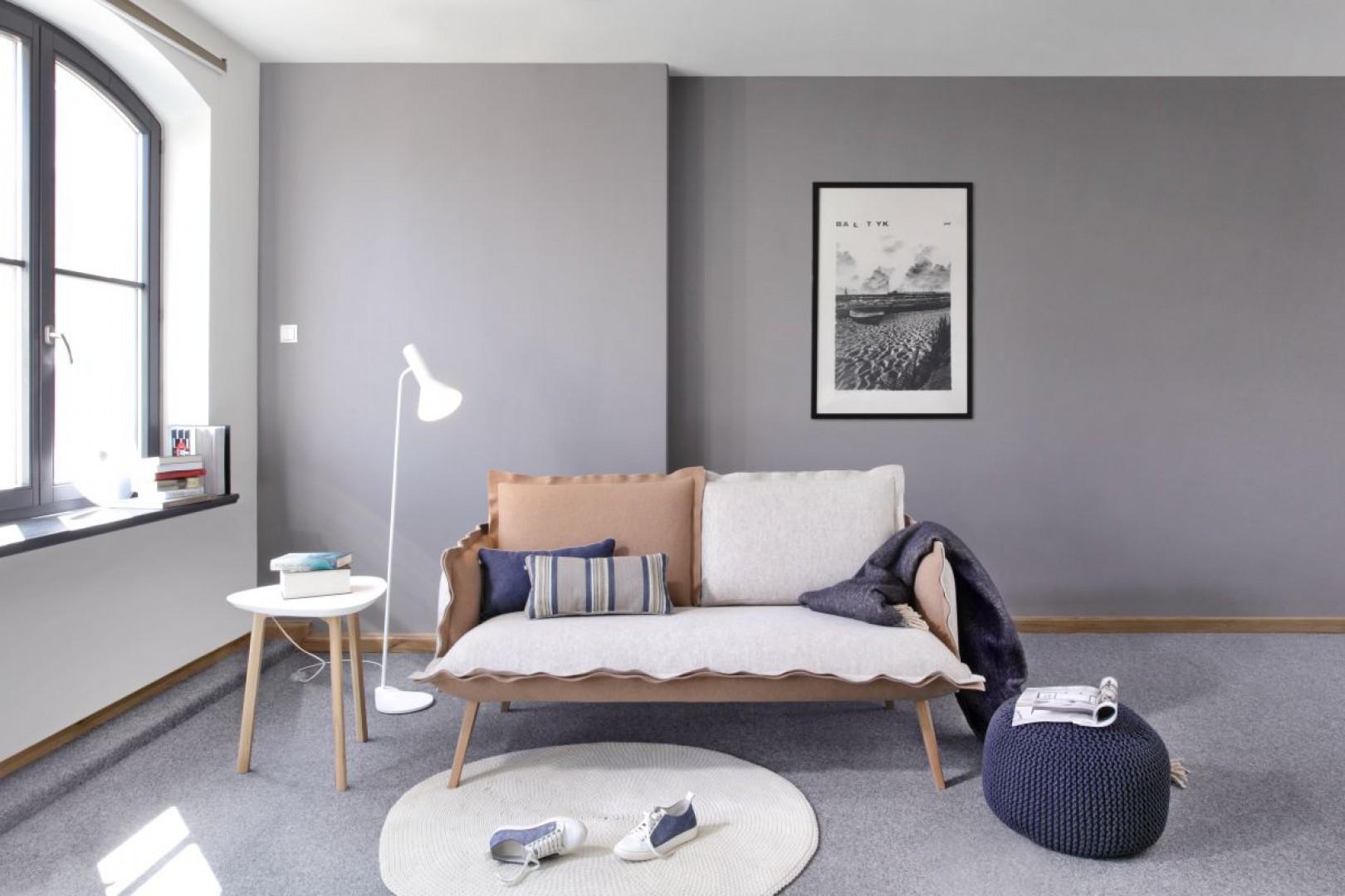 Sofa z kolekcji Skey (Swarzędz Home). Projekt: Jacek Mikołajczyk. Fot. Swarzędz Home