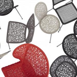 Krzesła wykonane ze sznurkowej plecionki na metalowej konstrukcji. Fot. Gaga Design