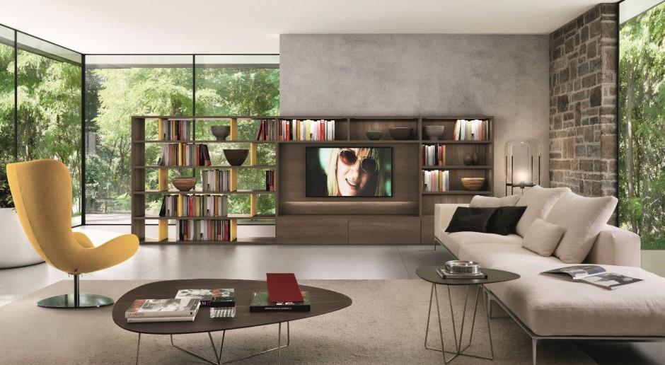 Telewizor wśród książek - czyli jak zaaranżować... meblościankę