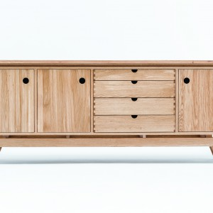 ST Sideboard. Fot. Swallow's Tail Furniture