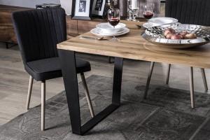 Drewniany stół - jak unowocześnić klasykę