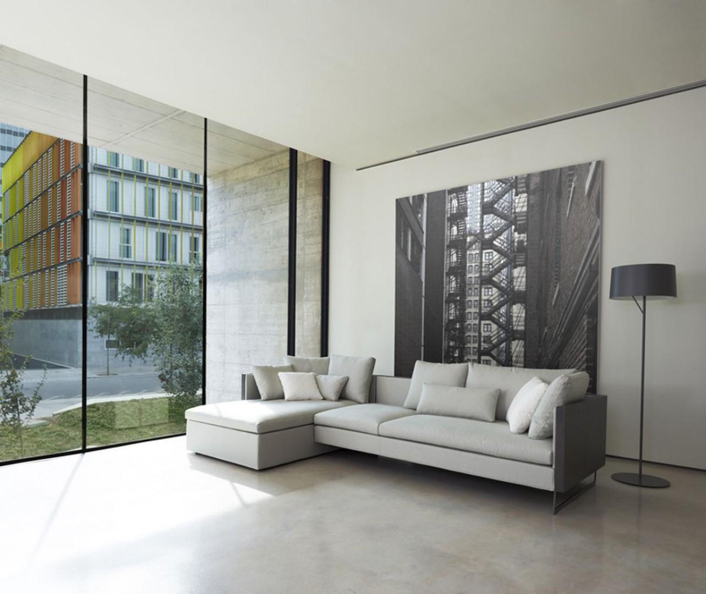"""Sofa """"Deck"""" hiszpańskiej marki Joquer. Projekt: Mario-Ruiz. Fot. Eugeni Pons/Joquer"""