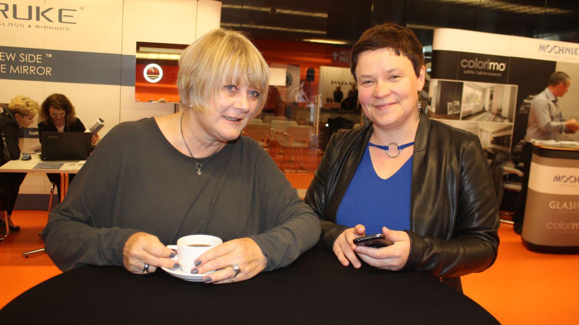 Prof. Ewa Kuryłowicz i Justyna Łotowska - dyrektor wydawniczy Publikatora, podczas Studia Dobrych Rozwiązań w Białymstoku