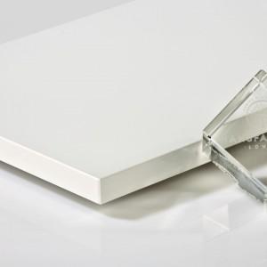 """Fronty akrylowane """"Laser Line"""" Manufaktury Łomża zostały wykonane w technologii laserowej, dzięki czemu uzyskano trwałe i estetyczne łączenia całkowicie pozbawione spoiny. Fot. Manufaktura Łomża"""