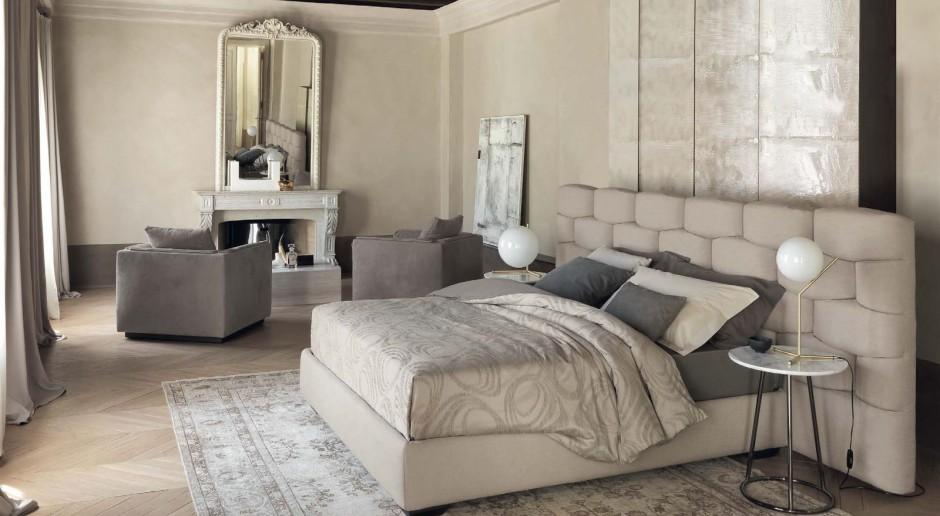 Łóżko z wysokim zagłówkiem - wyjątkowy komfort w sypialni