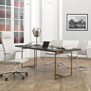 Fotele i stół z kolekcji