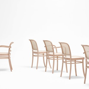 Krzesła z serii Benko. Fot. Paged