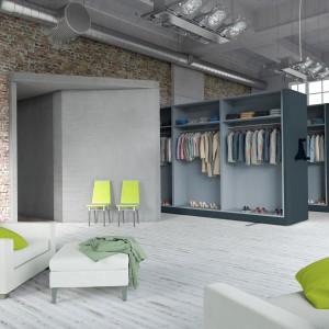 Wnętrze w stylu loft z meblami metalowymi. Fot. Malow