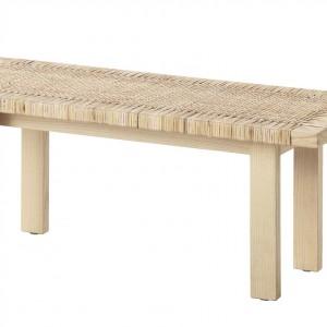 Stolik Stockholm z drewna, z wyplatanym blatem. Fot. IKEA
