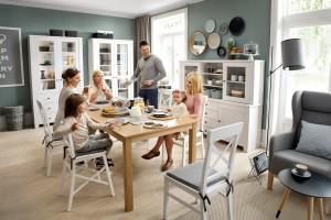 Duży stół dla dużej rodziny - propozycje i inspiracje
