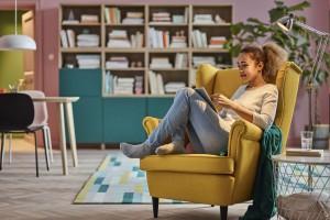 Jak stworzyć w mieszkaniu przytulny kącik do czytania?