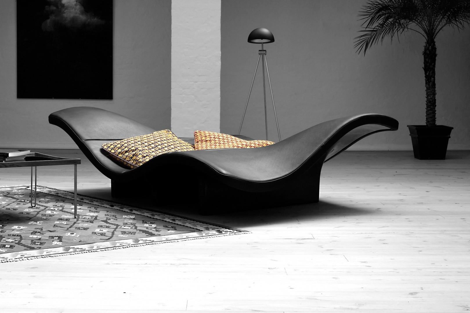 Sofa EJ 142 firmy Erik Jorgensen. Projekt: Ernest & Jensen. Fot. Erik Jorgensen