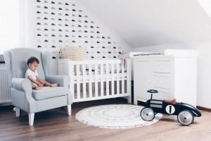 Kącik malucha w sypialni rodziców - wybierz idealne meble