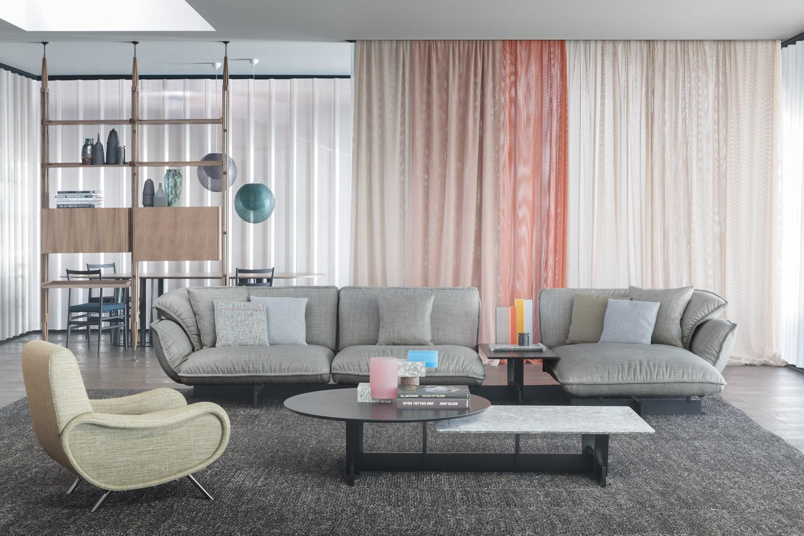 Sofa Super beam firmy Cassina. Projekt: Patricia Urquiola. Fot. Cassina