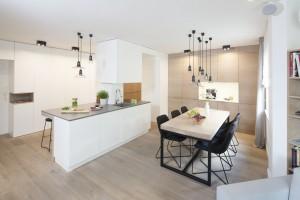 Stół i krzesła - zobacz inspiracje z polskich mieszkań!