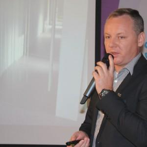 Dariusz Jędrzejczak, kierownik działu handlowego firmy Mochnik.