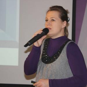 Katarzyna Tworek, przedstawicielka firmy Aurora Technika Świetlna.
