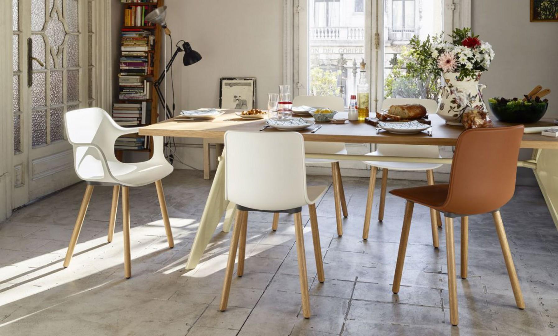 "Krzesła ""Hal"" firmy Vitra. Projekt: Jasper Morrison. Fot. Vitra"